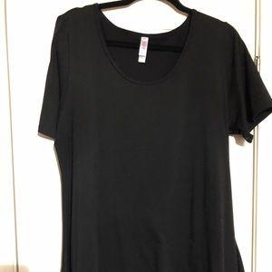 Lularoe SOLID BLACK perfect tee size xl